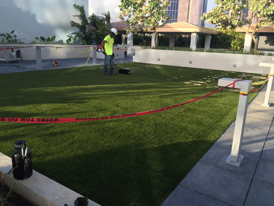 Be The Envy Of Your Neighbors As You Enjoy A Relaxing Putting Game On Your  Patio With High Quality Artificial Grass That Looks, Feels, And Plays Just  Like ...